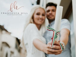 https://francescahillphotography.com/ website
